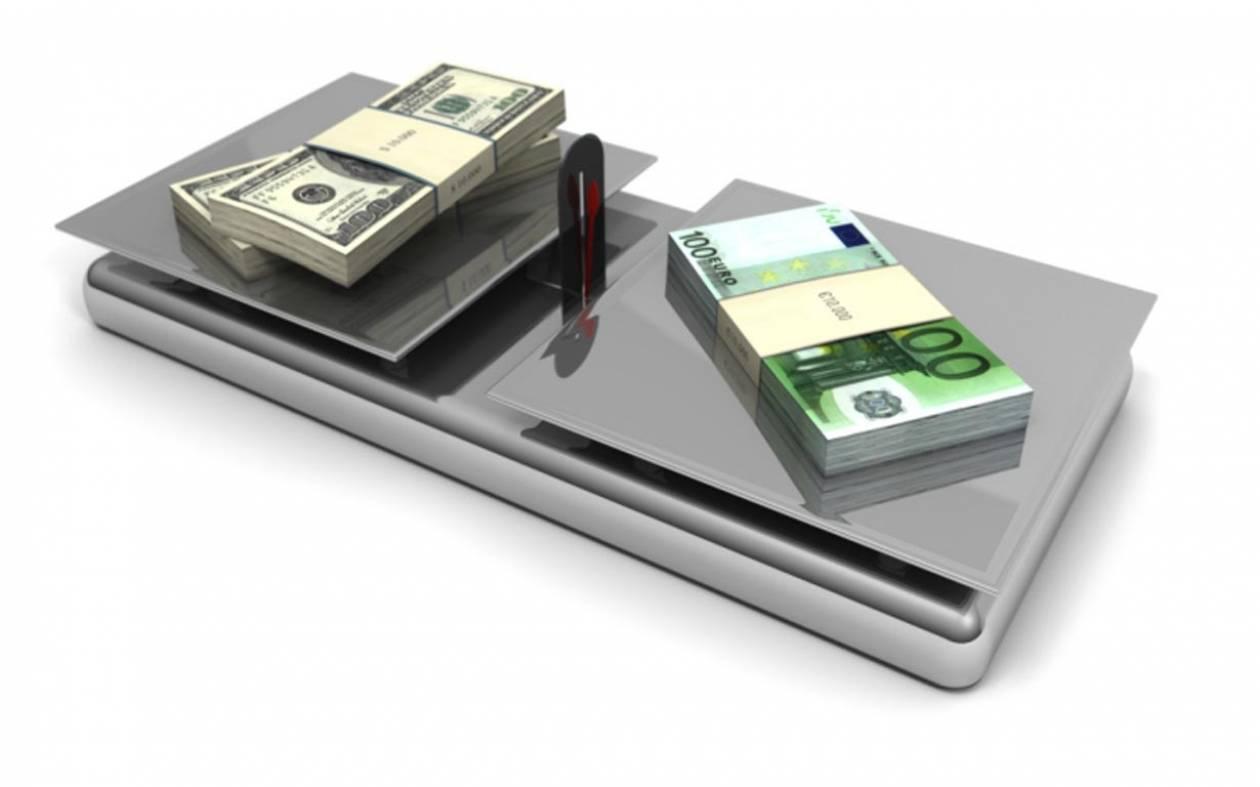 Το ευρώ διαμορφώνεται στα 1,3304 δολάρια