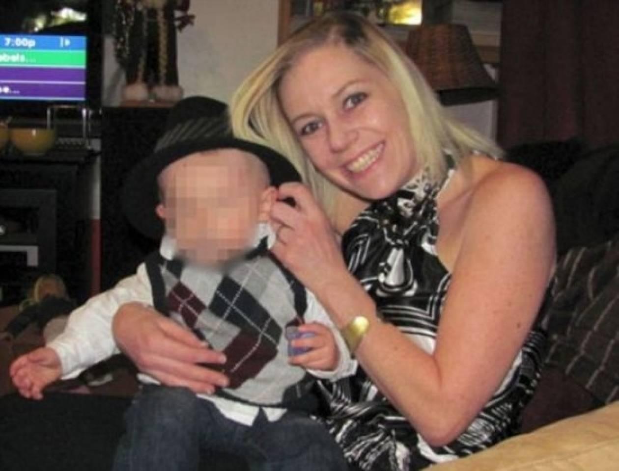 ΣΟΚ: Νταντά χτυπούσε μωρό μέχρι να ματώσουν τα μάτια του