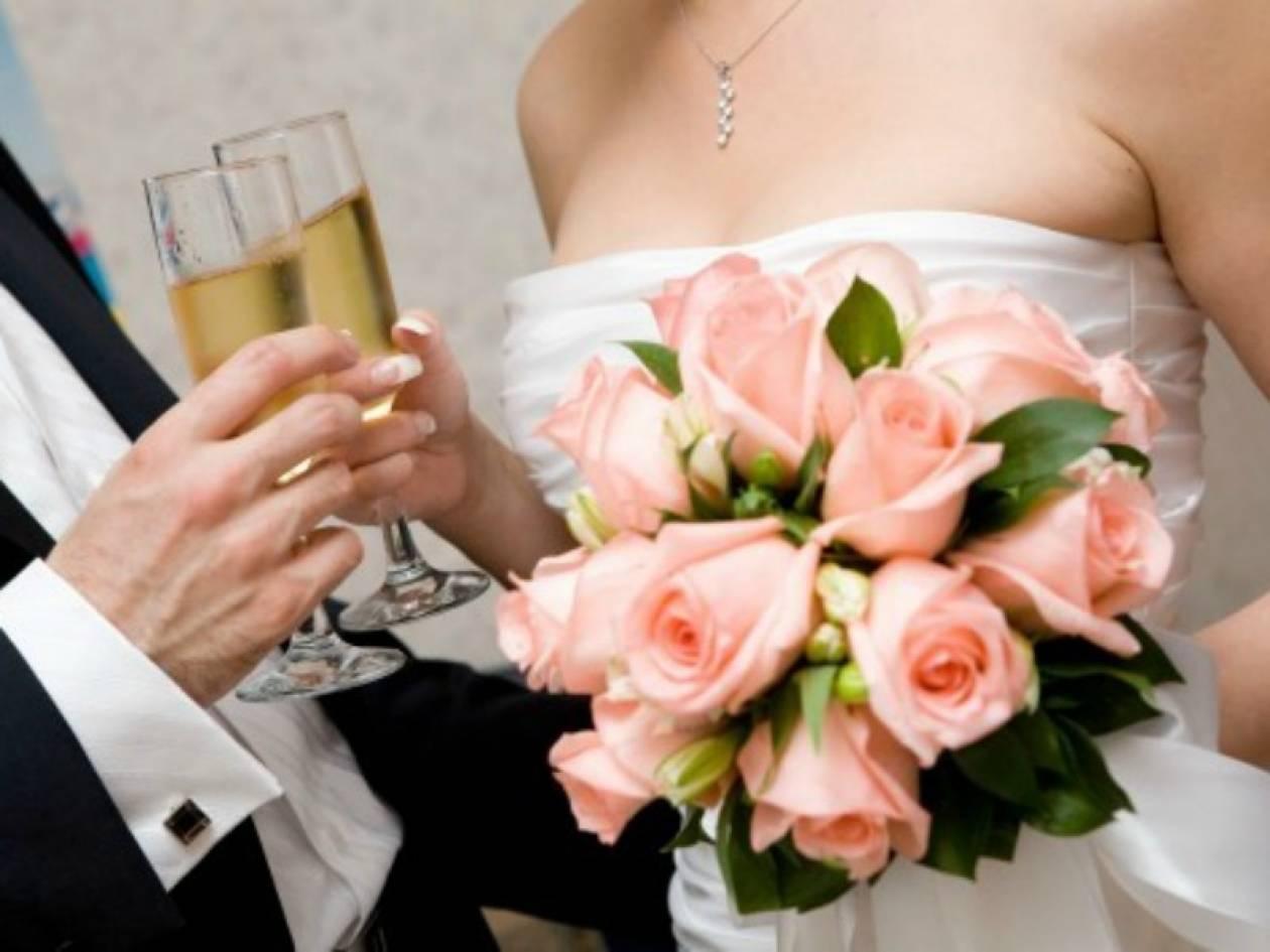 Αυτή είναι η υπ. βουλευτής ΝΔ που εμπλέκεται στο σκάνδαλο των γάμων
