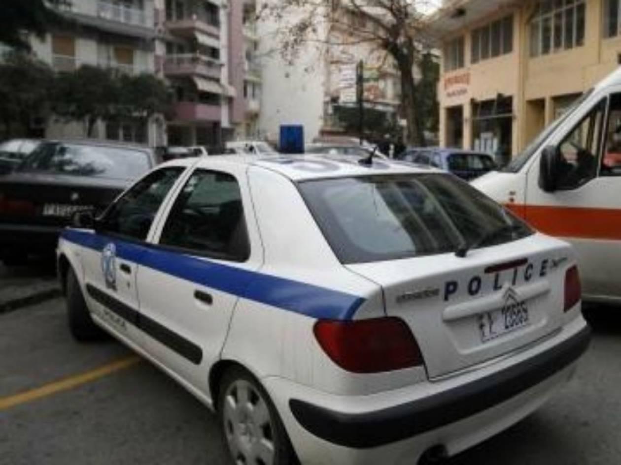 Εύβοια: Μπήκε στο σπίτι και βρήκε τον πατέρα της νεκρό