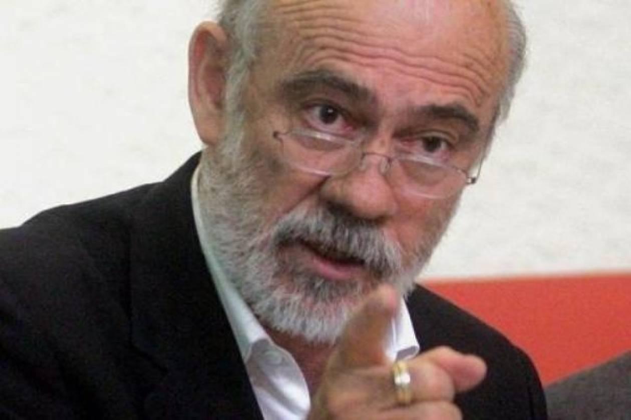 Γ. Λιάνης σε Βενιζέλο: Ρίξε στην πυρά τον Παπανδρέου!