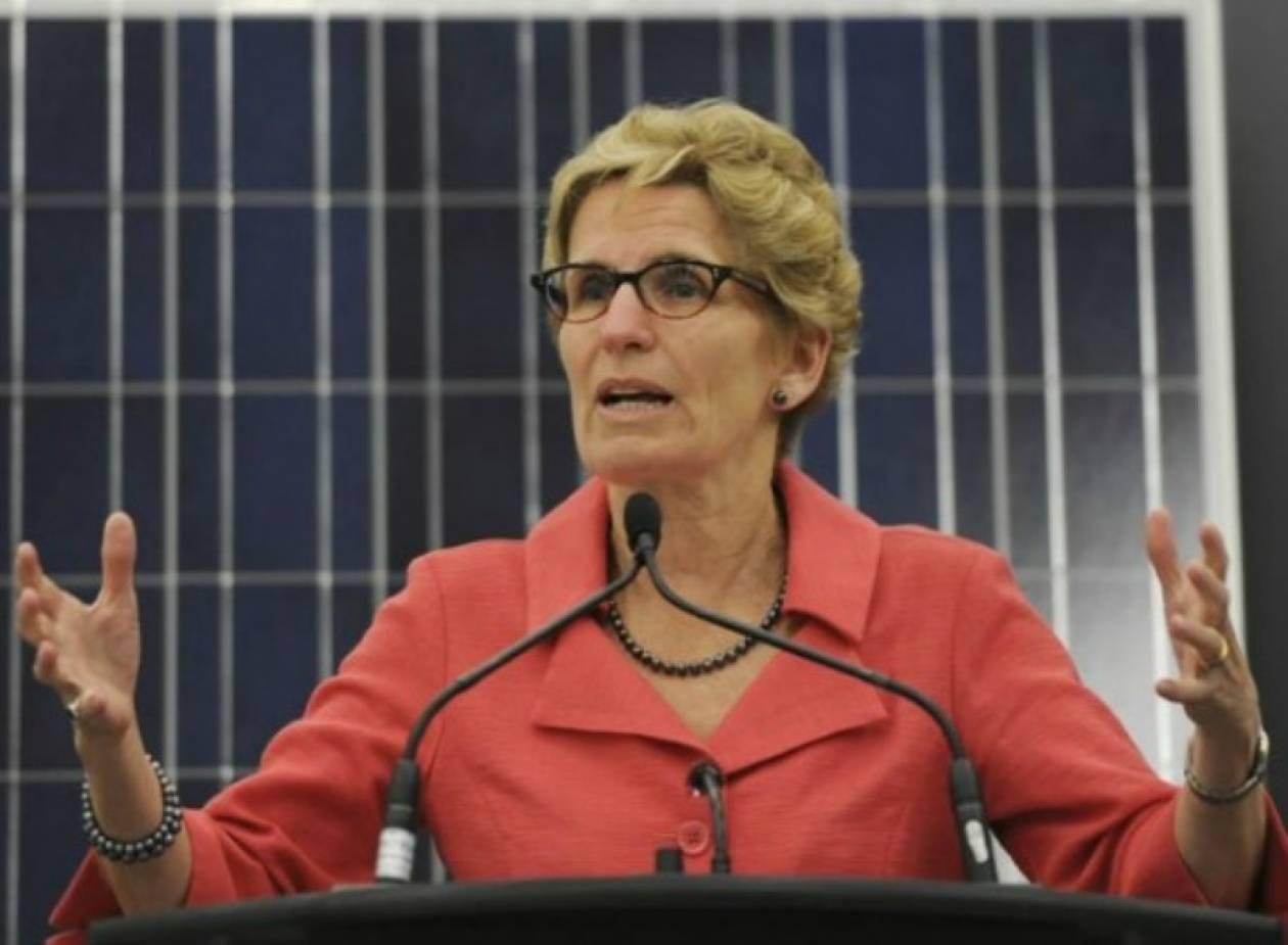 «Απελευθερωμένη» η πρώτη γυναίκα πρωθυπουργός στο Οντάριο