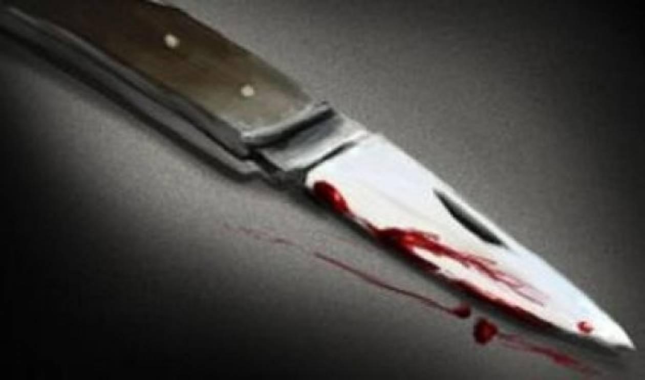 Τον μαχαίρωσε μια άγνωστη γυναίκα για μια χρυσή καδένα
