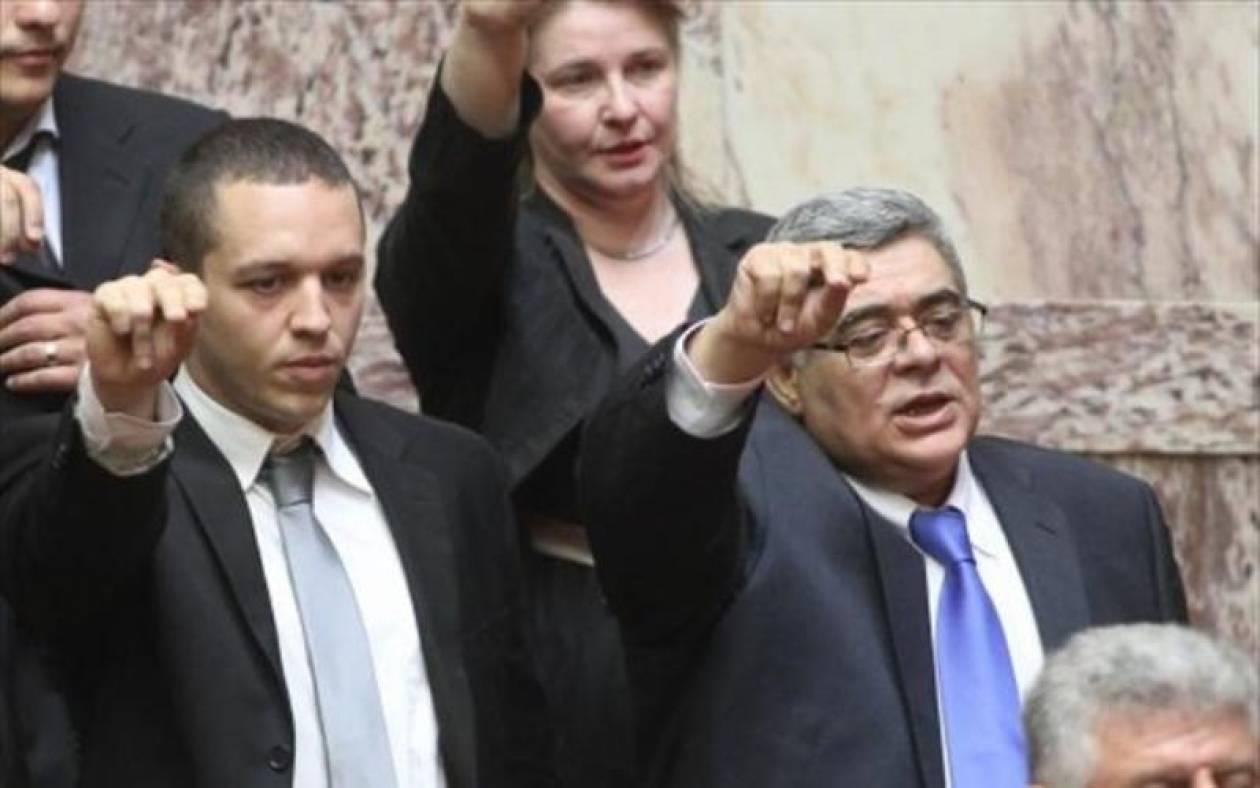 Χρυσή Αυγή: Να πληρώσει ο ΣΥΡΙΖΑ τον παχυλό μισθό του Τ. Κουράκη