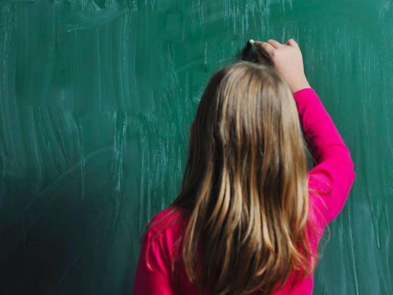 Συγκινητική βοήθεια στην 8χρονη - Βρήκε εργασία και η μητέρα της