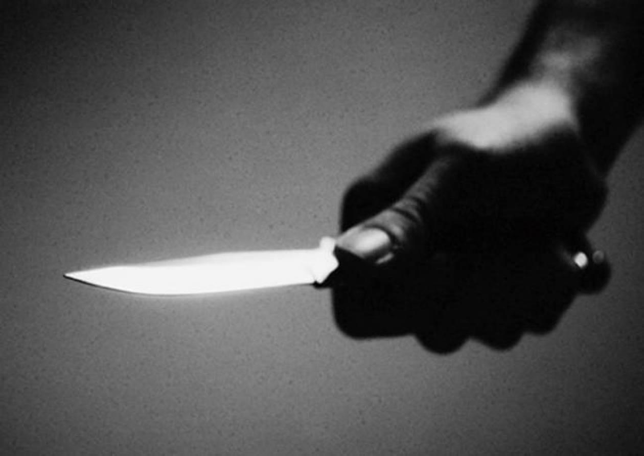 Εφιαλτικές ώρες για έναν 29χρονο – Βρέθηκε με ένα μαχαίρι στο λαιμό