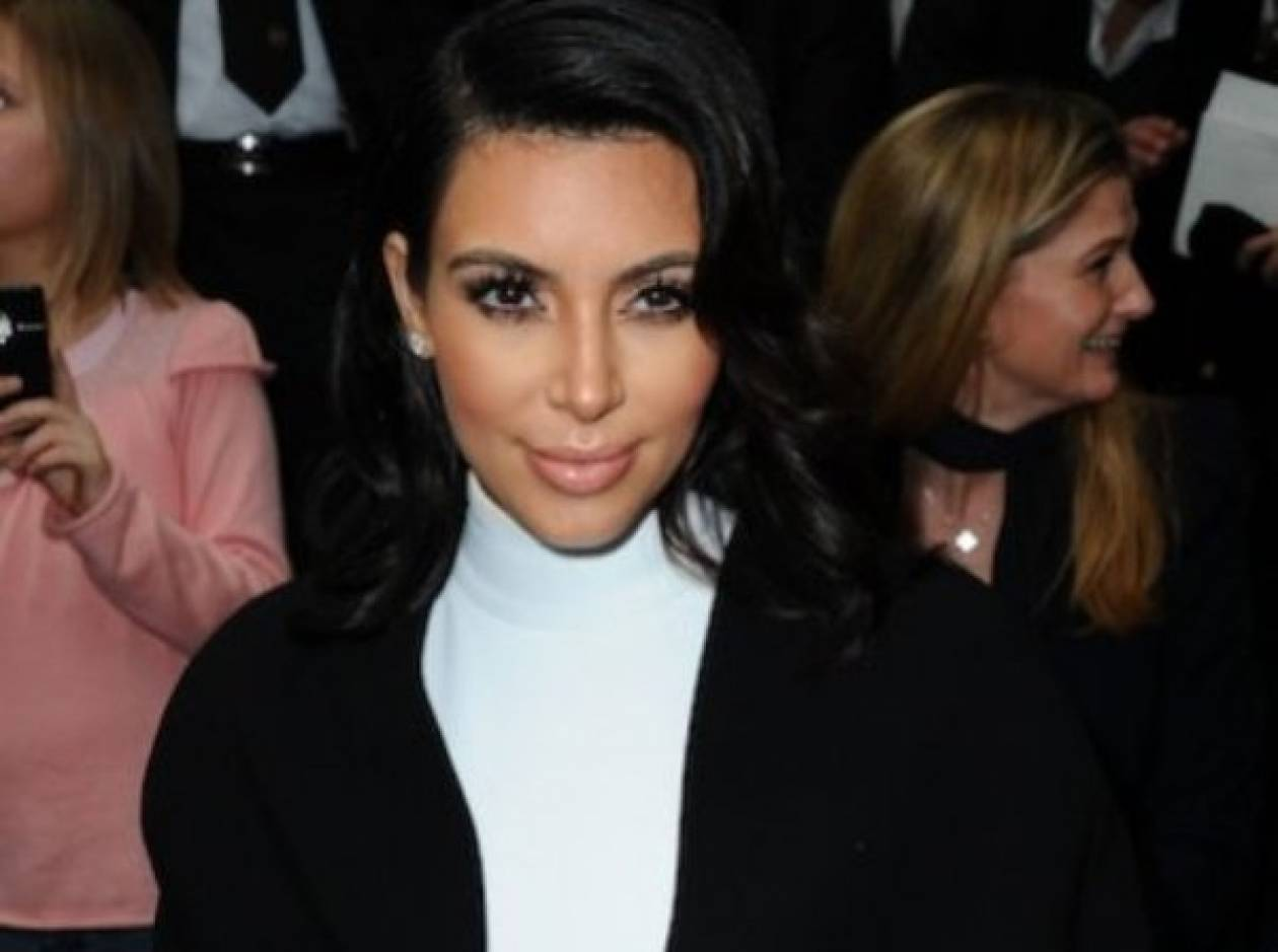 H Kardashian γιατρεύει την ψωρίασή της με τον πιο αηδιαστικό τρόπο