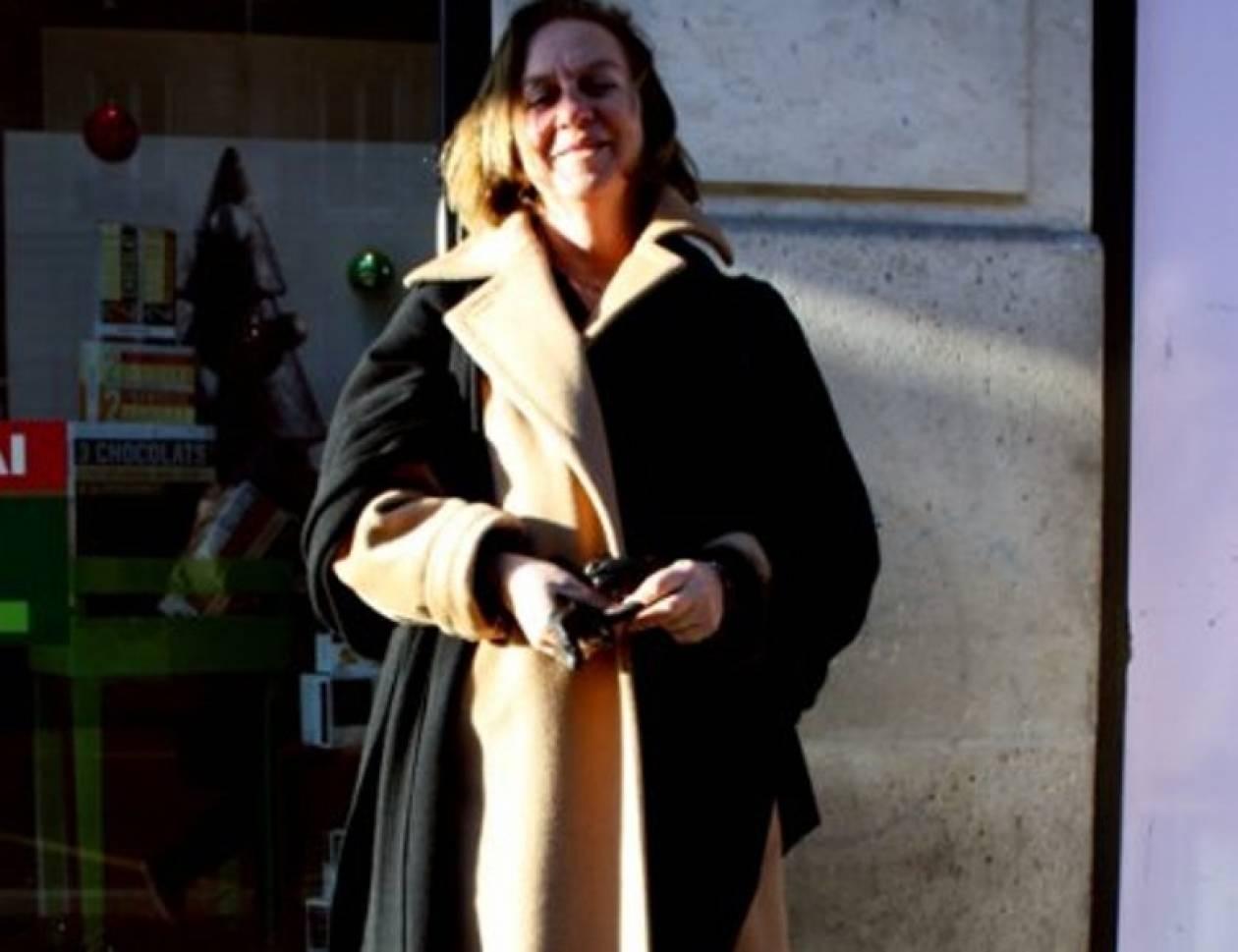 Μία casual chic Ελληνίδα στους δρόμους του Παρισιού