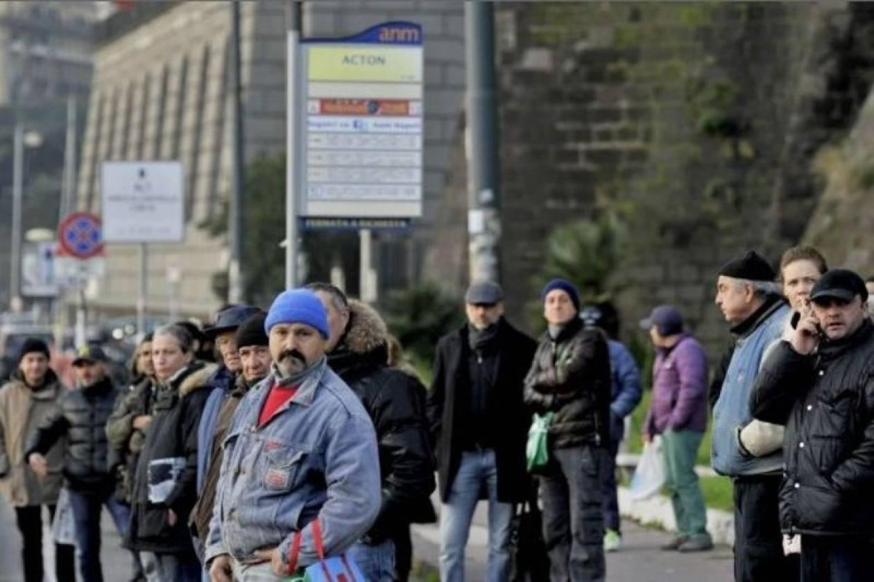 Χωρίς καύσιμα τα λεωφορεία στη Νάπολη