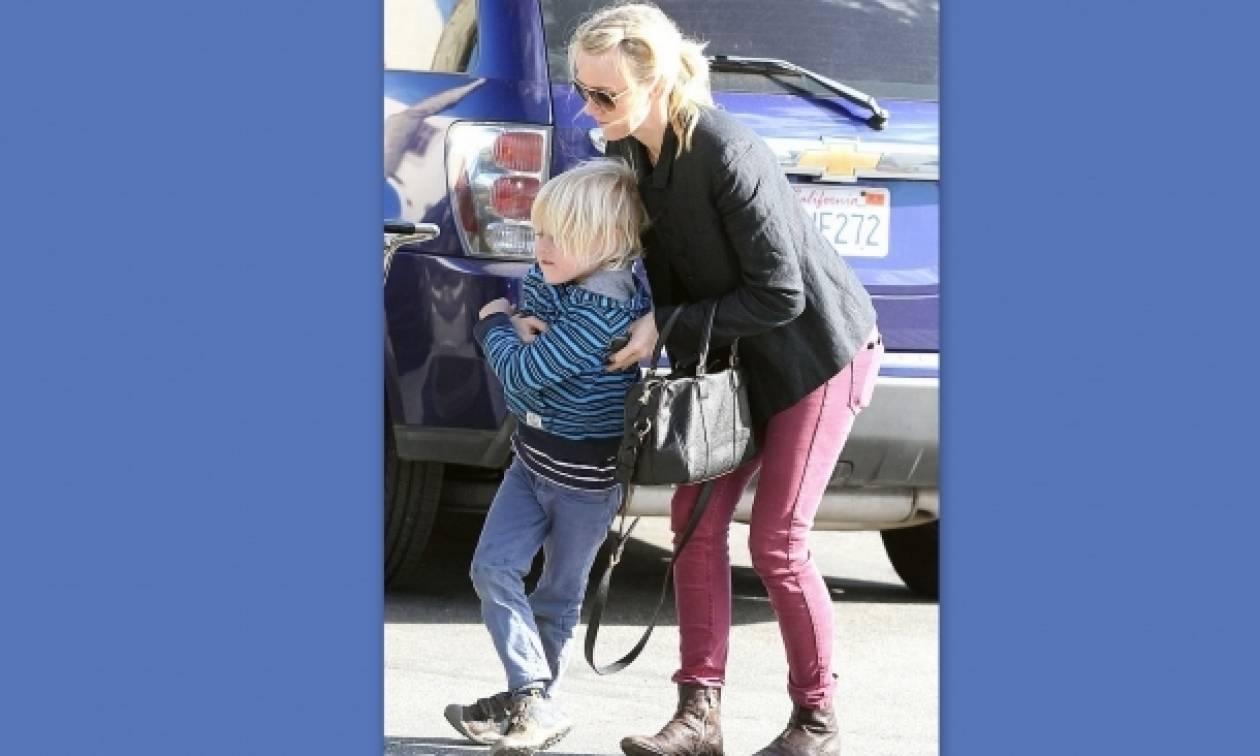 Ο άτακτος γιος της Naomi Watts! (pics)