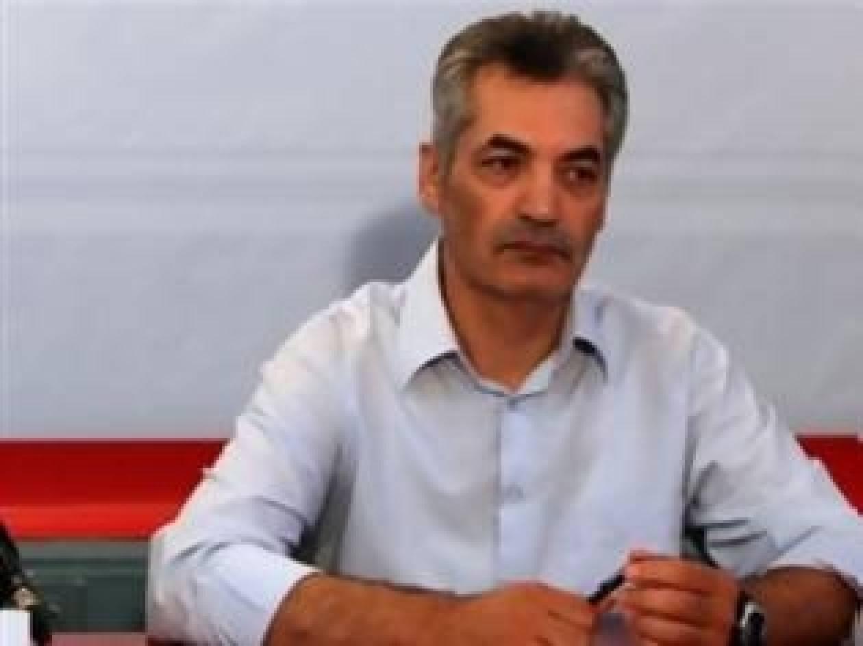 Π. Μεντρέκας: Οι εικόνες από το γραφείο του Βρούτση είναι στημένες