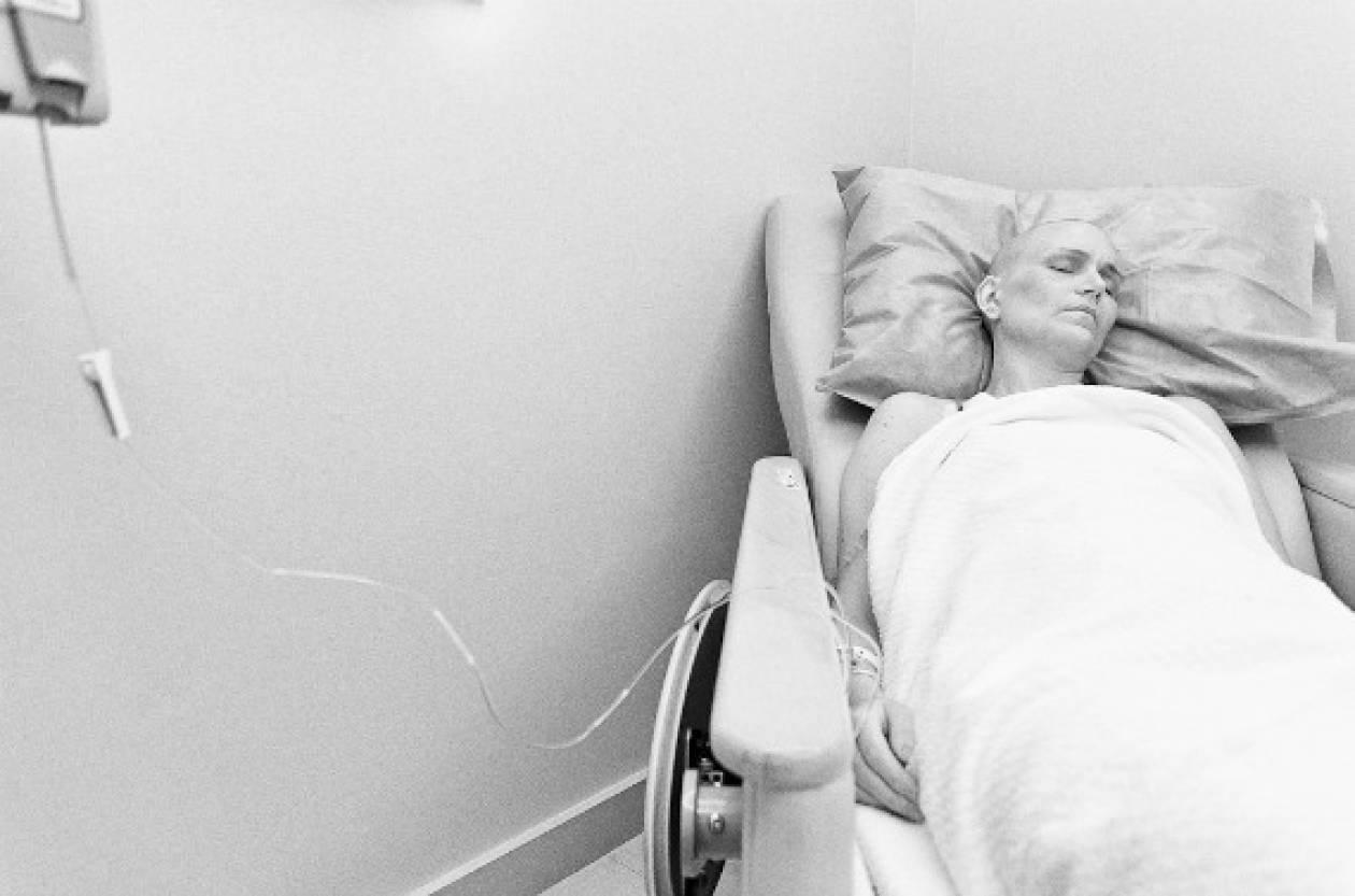 Η συγκλονιστική της μάχη με τον καρκίνο συγκίνησε όλο το διαδίκτυο