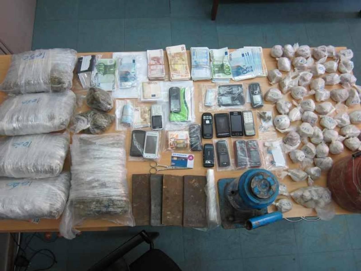 Πάτρα: Σπείρα ναρκωτικών πουλούσε το θάνατο (ΦΩΤΟ)