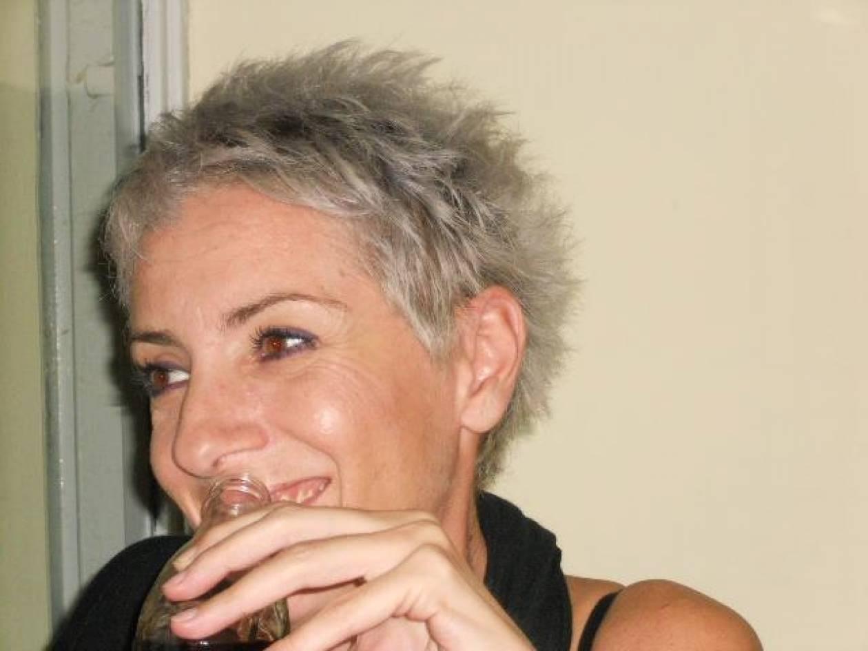 Πέθανε η δημοσιογράφος Πόπη Χασιώτη