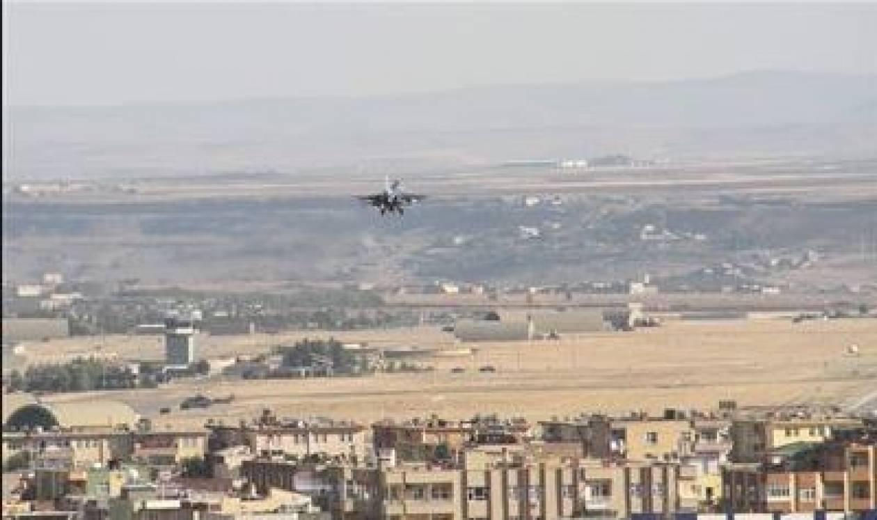 Τουρκικά F-16 - επί δίωρο σε στρατόπεδα Κούρδων στο Ιράκ