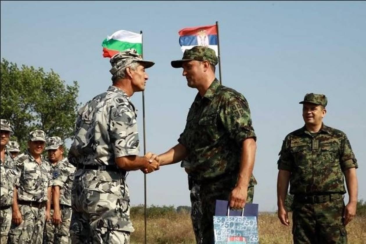 Εγκρίθηκε πρωτόκολλο των υπουργείων Άμυνας Βουλγαρίας-Σερβίας
