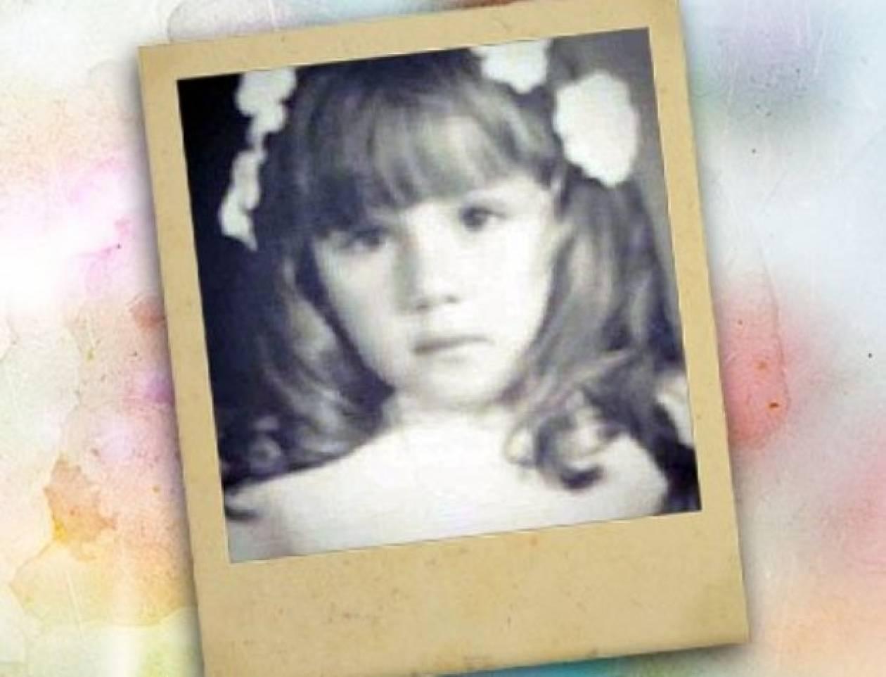 Αναγνωρίζετε το γλυκό κοριτσάκι της φωτό;