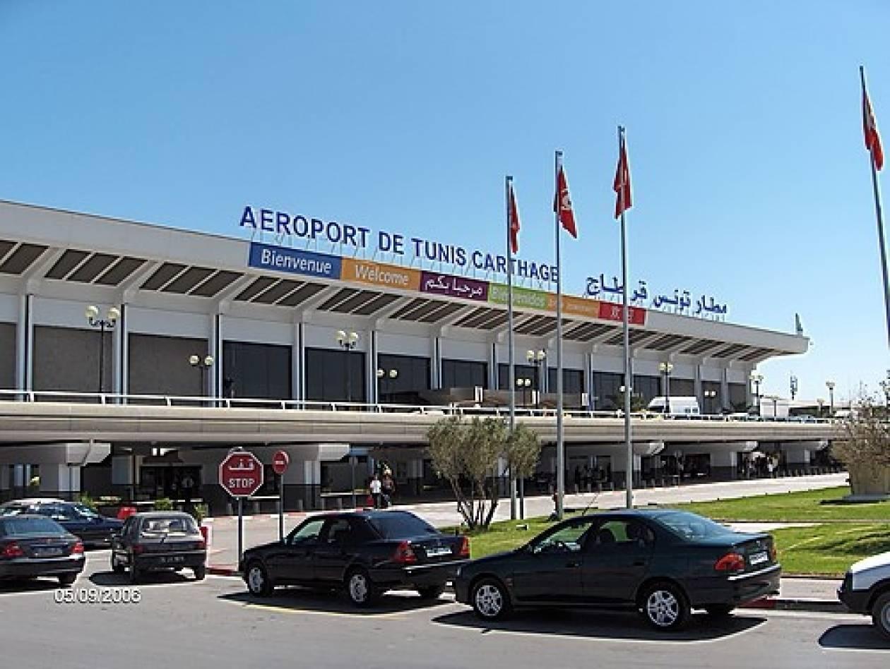 Ακυρώνονται όλες οι πτήσεις από και προς τη Τυνησία