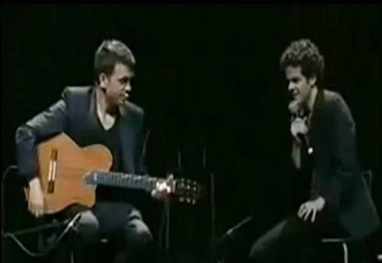 Βίντεο: Κιθαρίστας χωρίς κιθάρα!