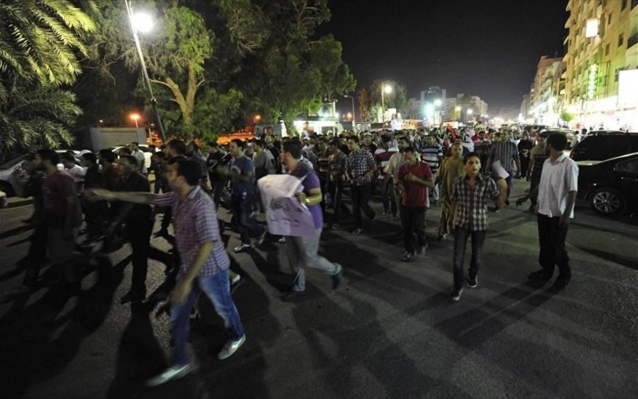 Λιβύη: Διαδηλωτές λεηλάτησαν τα γραφεία των Αδελφών Μουσουλμάνων