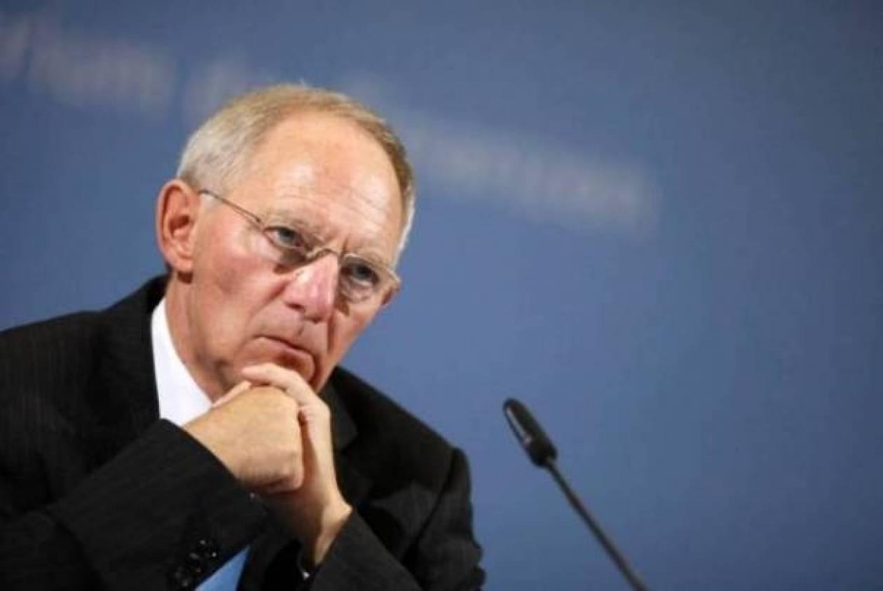 Σόιμπλε: Απέρριψε και πάλι το ενδεχόμενο νέου «κουρέματος»