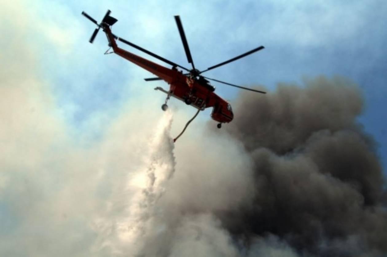«Έγλειψε» σπίτια στη Σέριφο η πυρκαγιά