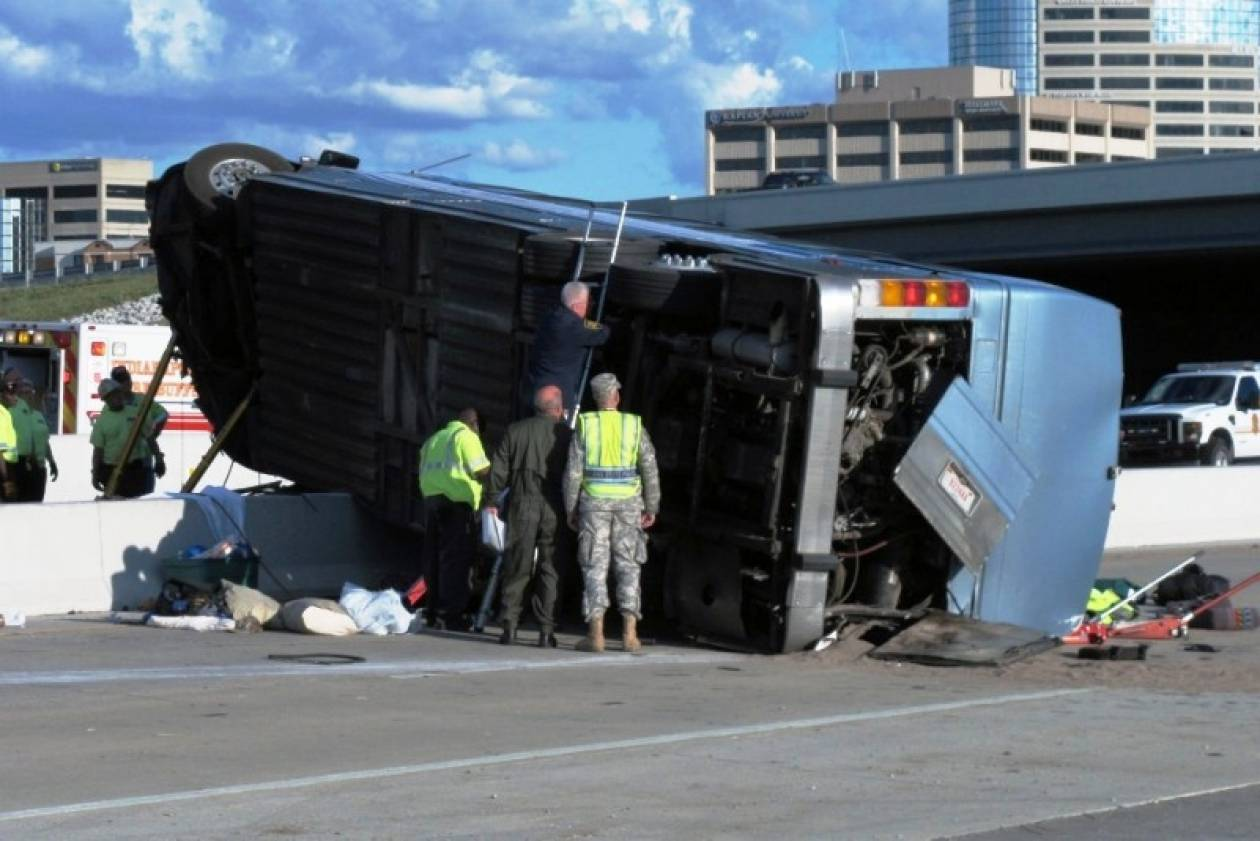 Ιταλία:Τραγωδία στην άσφαλτο ύστερα από πτώση λεωφορείου από οδογέφυρα