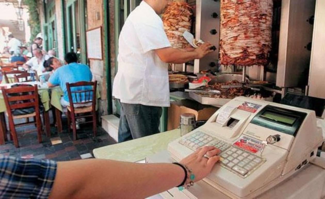 Σήμερα η εγκύκλιος για την μείωση του ΦΠΑ στην εστίαση