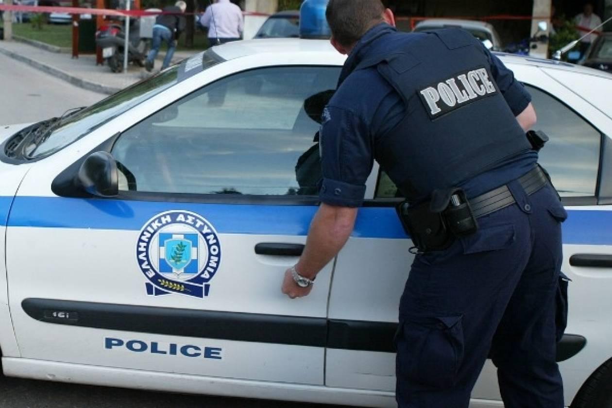 ΤΩΡΑ: Αστυνομική επιχείρηση στην Κόρινθο