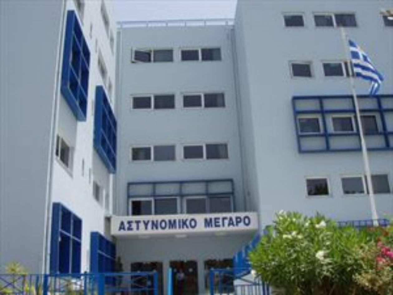 Συνέλαβαν 11 άτομα σε παραλίες της Κρήτης