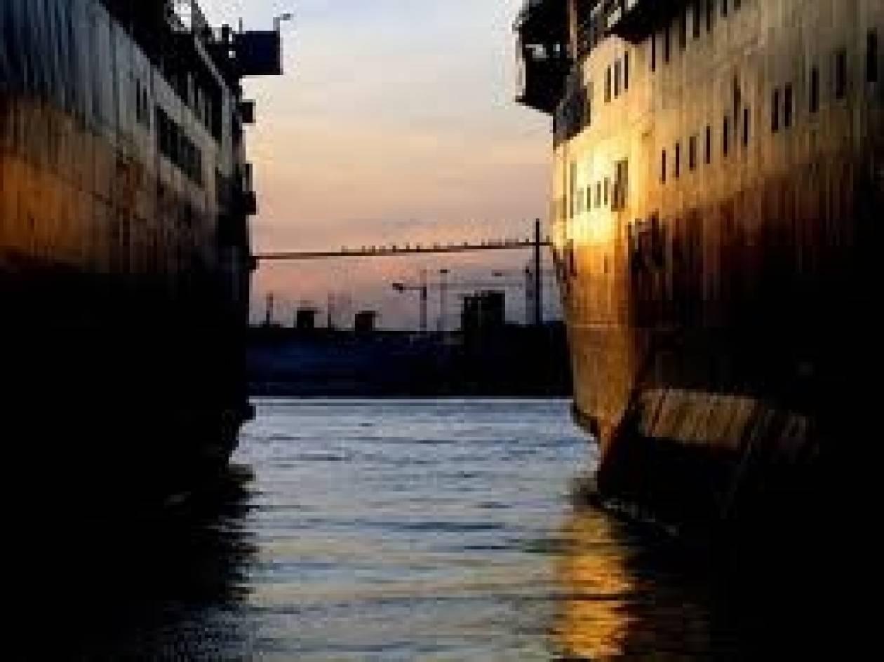 ΕΛΣΤΑΤ: Μείωση  στη διακίνηση επιβατών στα λιμάνια