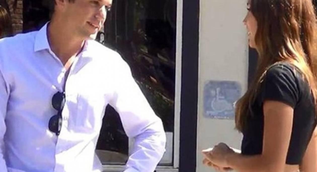 Βίντεο: Σταματούσε περαστικούς και τους ζητούσε να κάνουν σεξ!