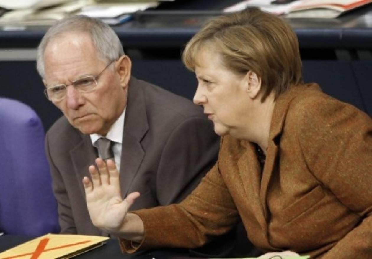 Επιμένει να μη «βλέπει» νέο «κούρεμα» του ελληνικού χρέους το Βερολίνο