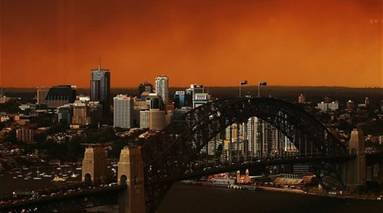 Αυστραλία: Ένας νεκρός και εκατοντάδες κατεστραμμένα σπίτια