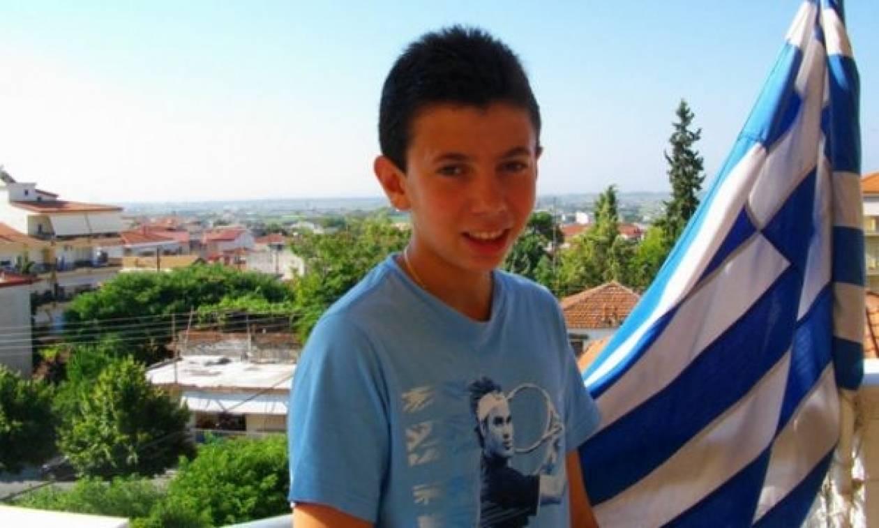 Αυτός είναι ο 14χρόνος που νίκησε 1.000 μαθητές με ένα γράμμα (βίντεο)
