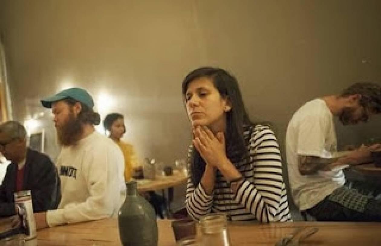 Εστιατόρειο στο Μπρούκλιν για εκείνους που δεν θέλουν να μιλούν!