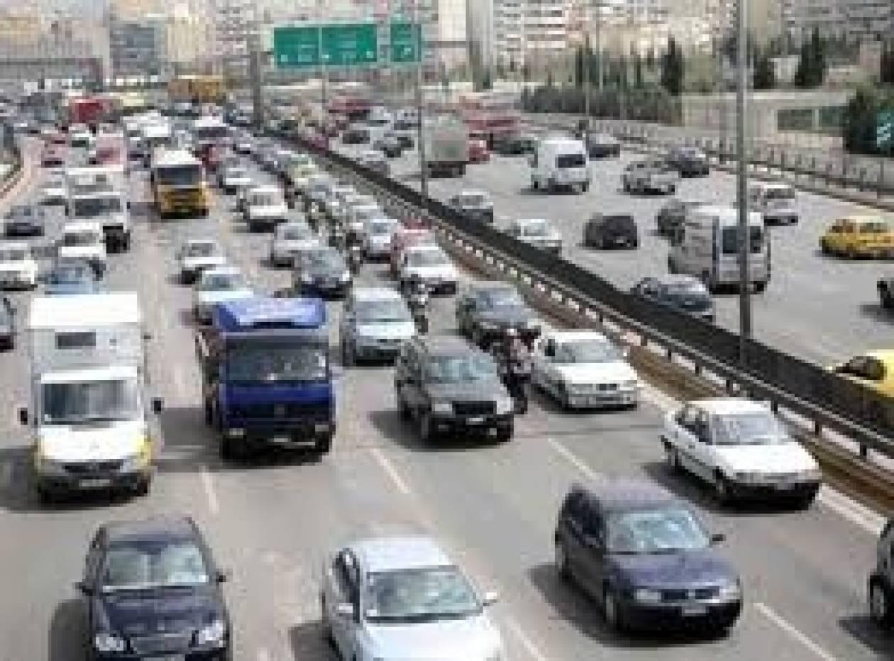 Τα αυτοκίνητα μικρού κυβισμού αντέχουν στην κρίση