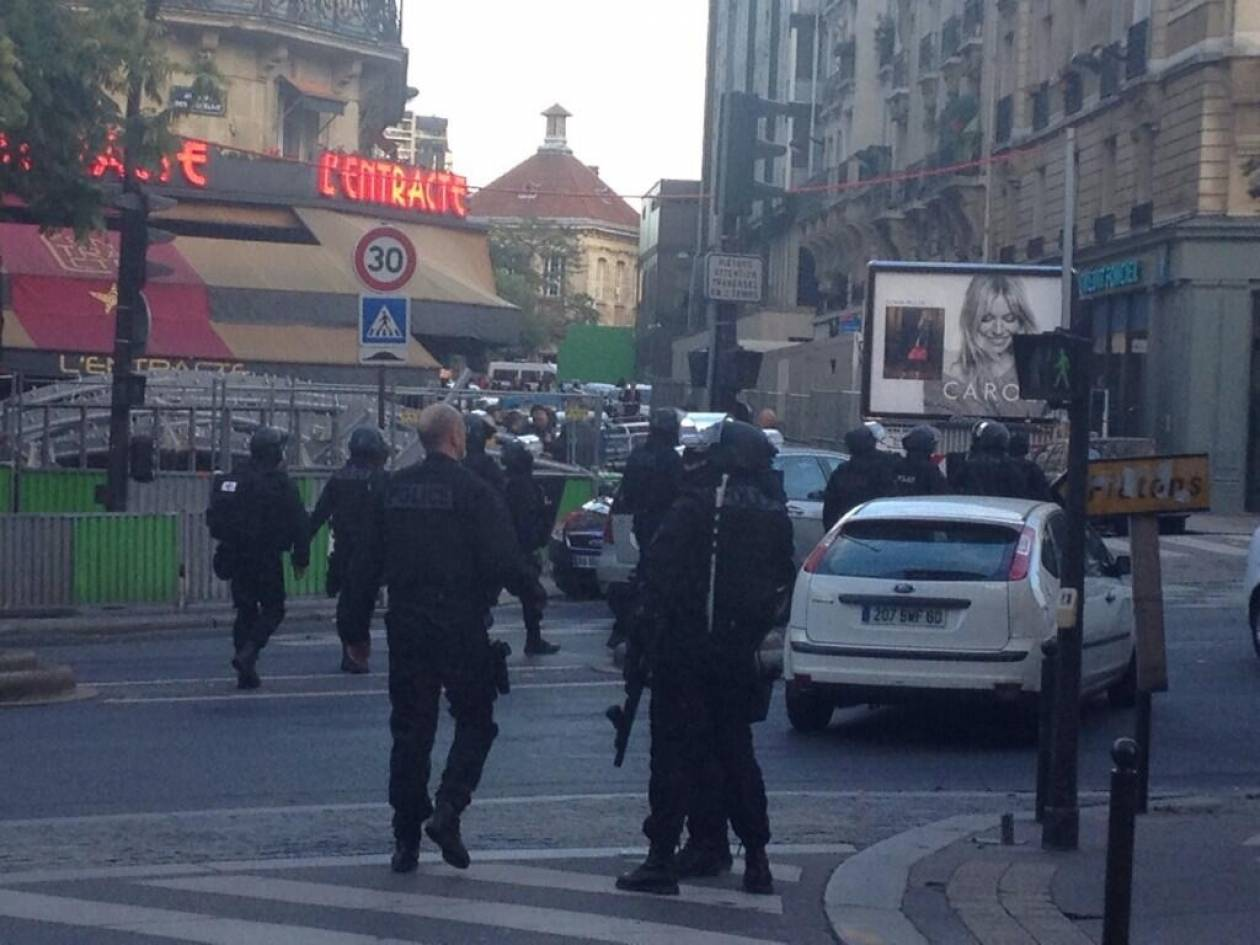 Ελεύθεροι οι δυο όμηροι από την τράπεζα της Γαλλίας (pics)