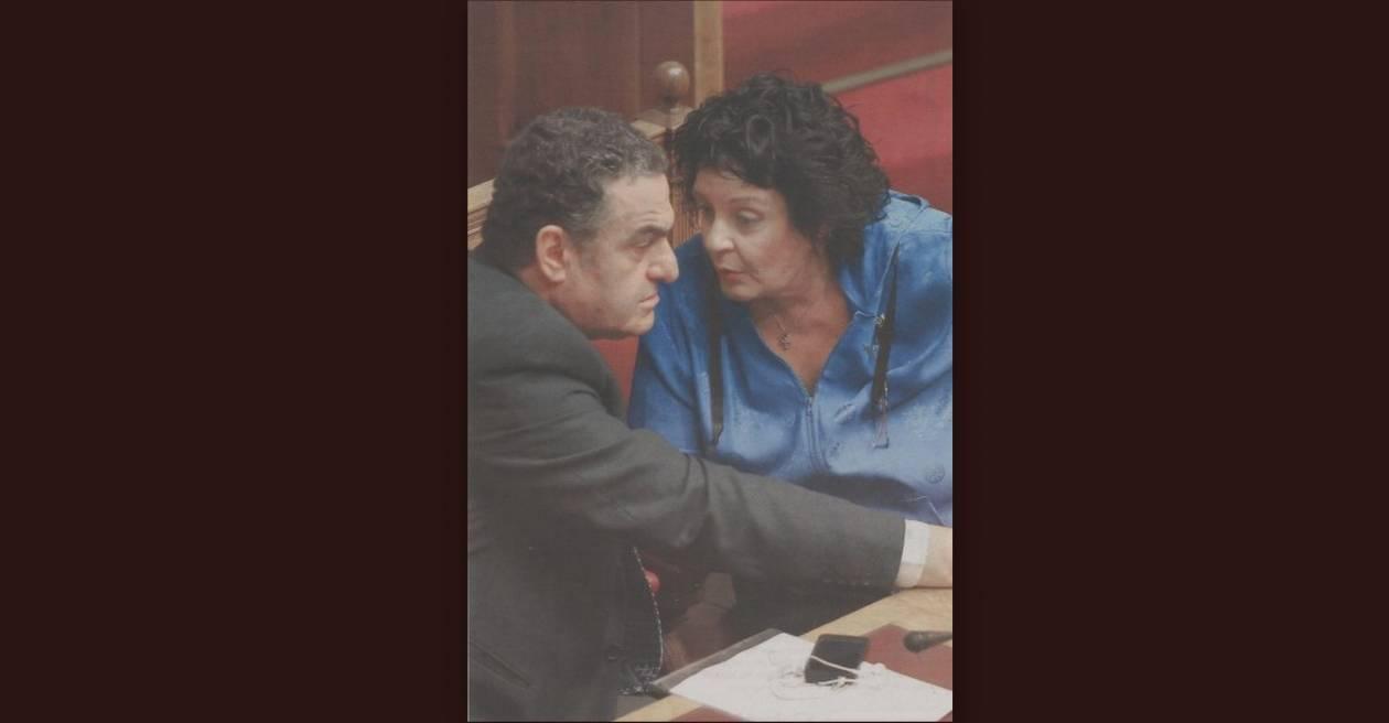«Φλέρταρε» με την πρωθυπουργία η Κανέλλη