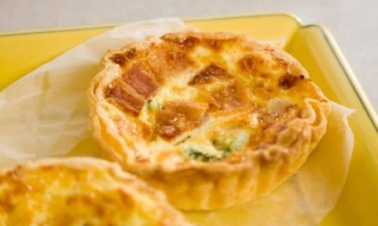 Συνταγή για τραγανά ταρτάκια με… τυρί!