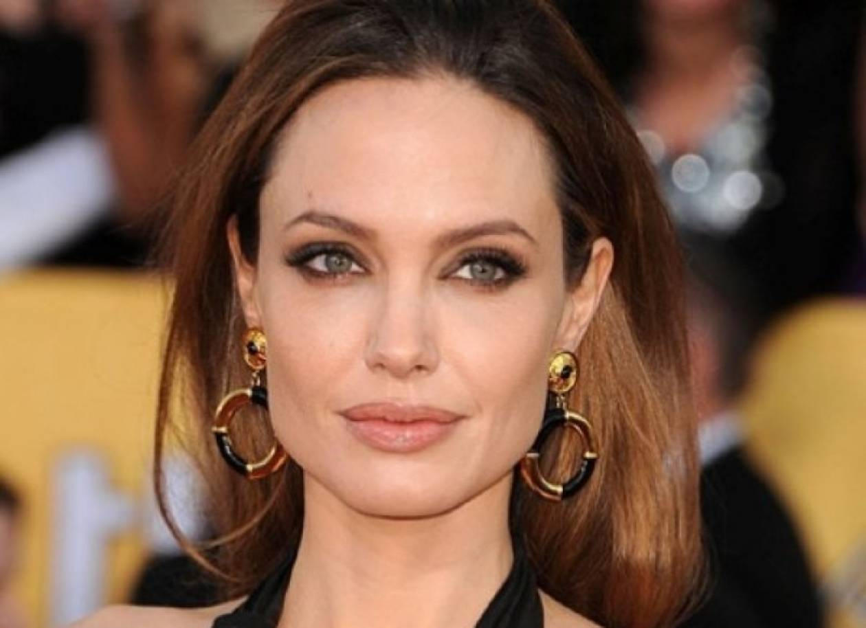 Απείλησαν παρουσιάστρια: «Μην ξαναμιλήσεις για την Angelina»!
