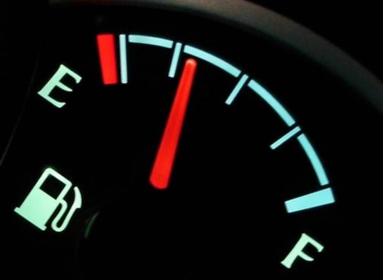 Νόμος που απαγορεύει να ξεμείνεις από βενζίνη!