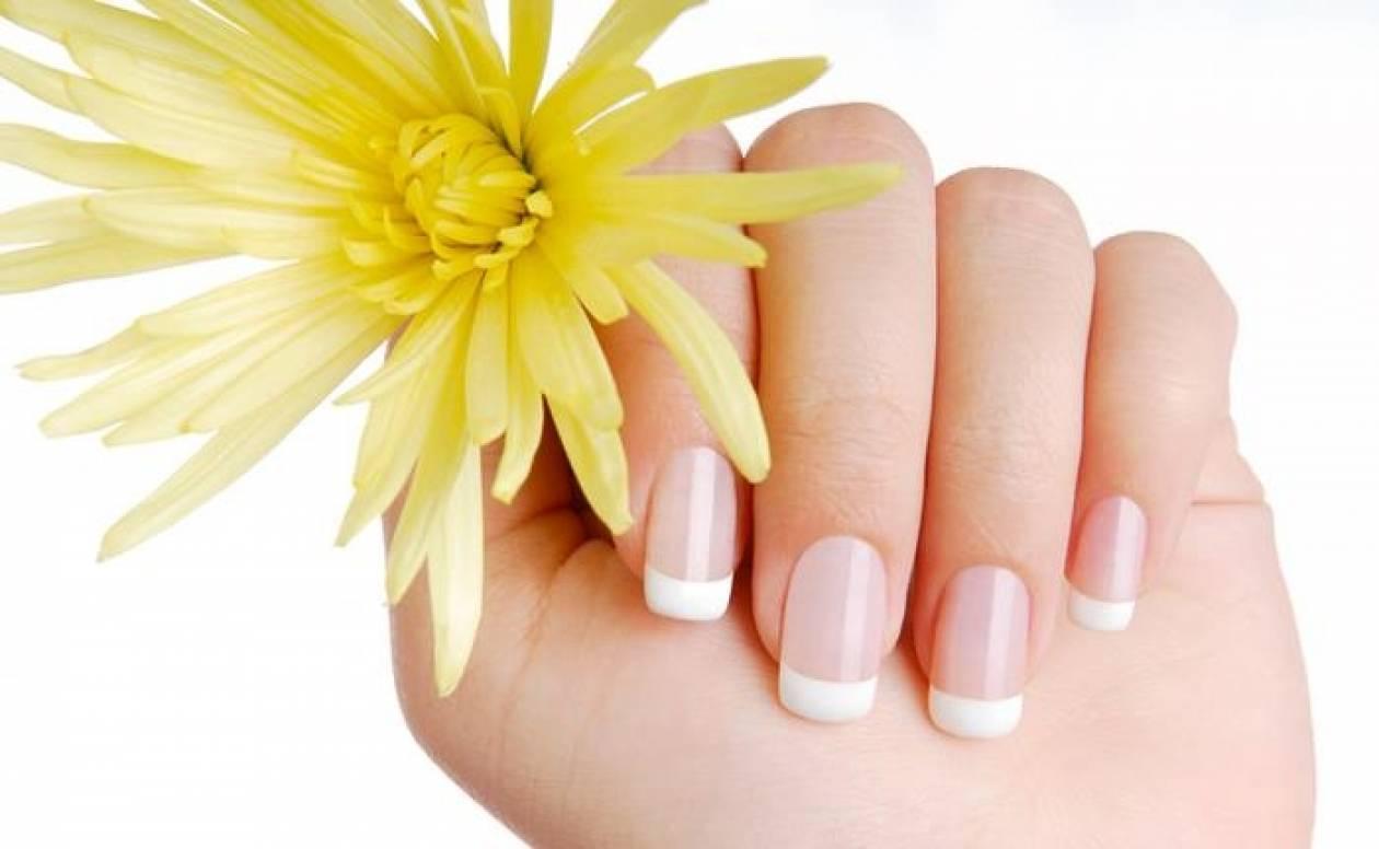 Φυσικό πίλινγκ χεριών με υλικά από την κουζίνα σας!