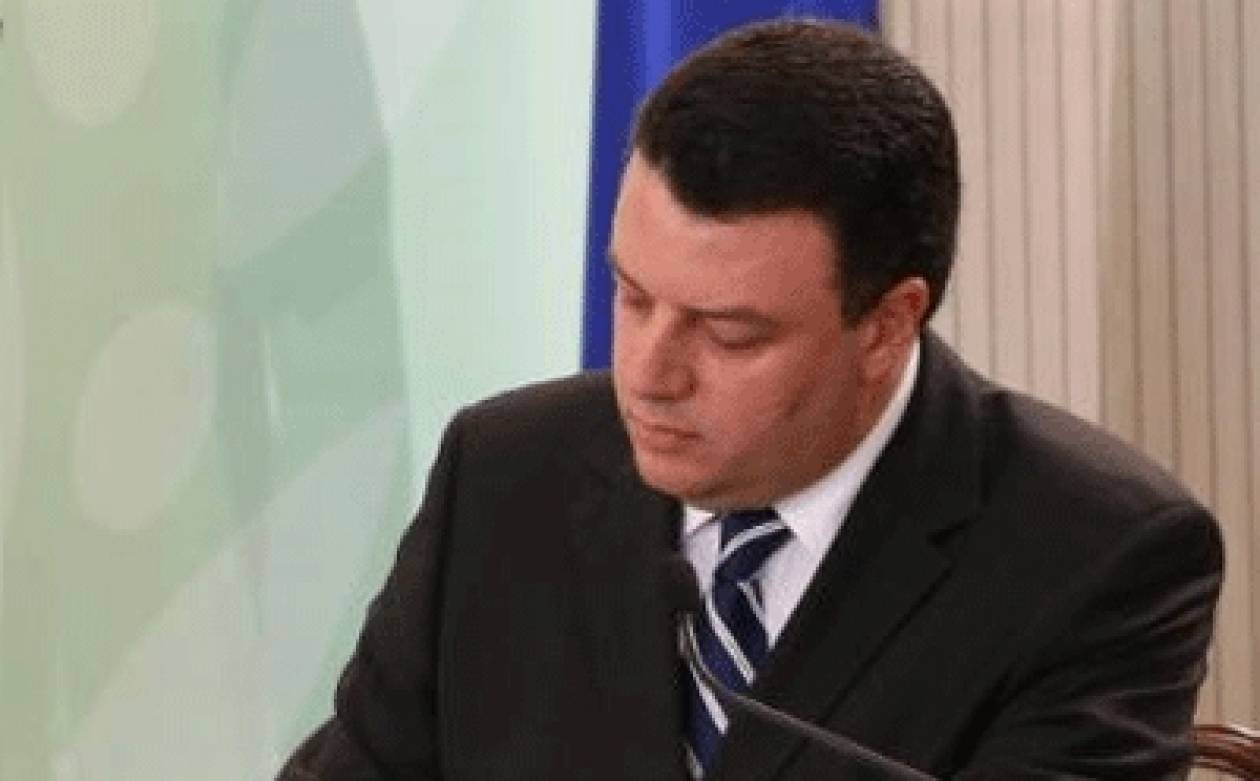 Μητσόπουλος: Προχωρούμε με σοβαρότητα στο θέμα των ΚΑ