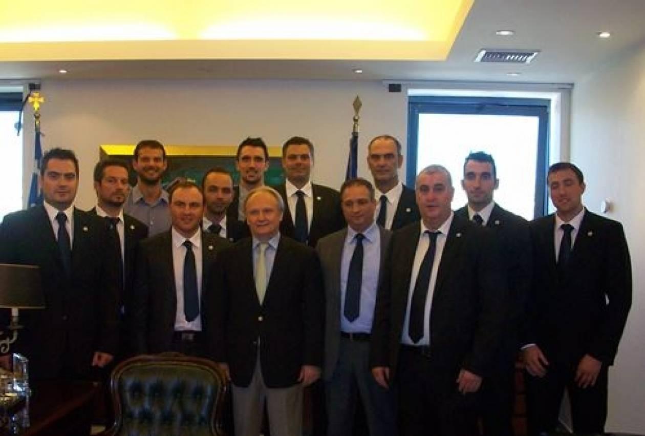 Συνάντηση Ανδριανού με την ομάδα της Αθλητικής Ένωσης Αστυνομικών