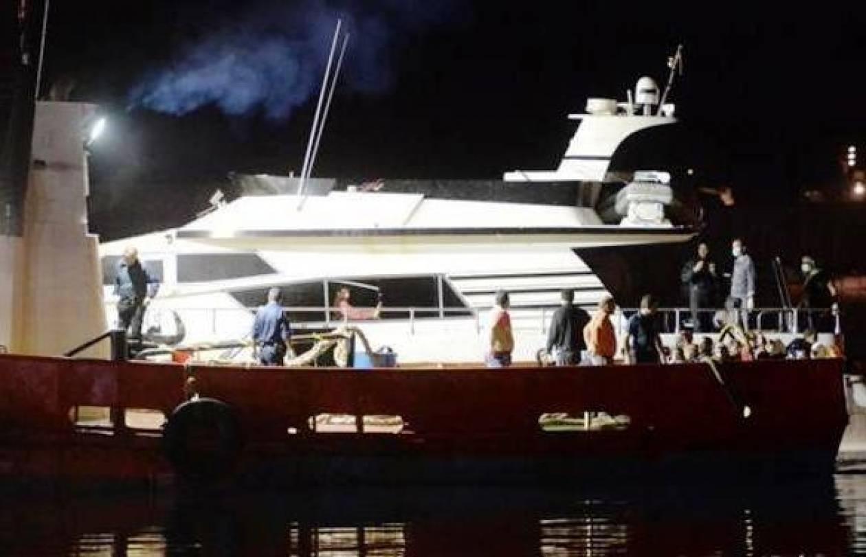 Πύλος: Μετέφεραν 105 παράνομους μετανάστες σε... θαλαμηγό!