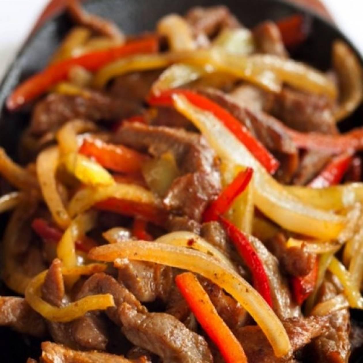 Ψιλοκομμένη γαλοπούλα με λαχανικά για την πιο απολαυστική δίαιτα