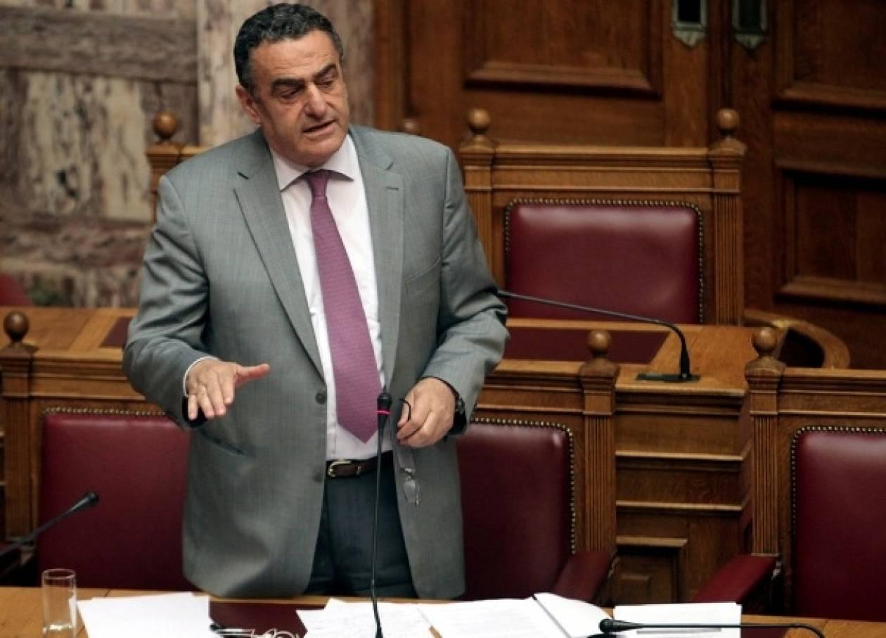 Ψηφίστηκε επί της αρχής το νομοσχέδιο για τα «βραχιολάκια»