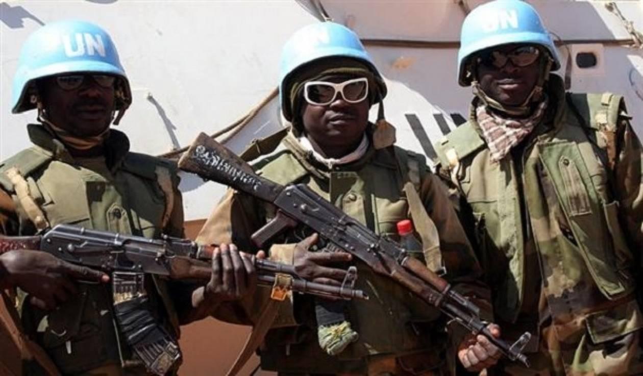 Μάλι: βομβιστής-καμικάζι σκότωσε δύο κυανόκρανους και ένα παιδί