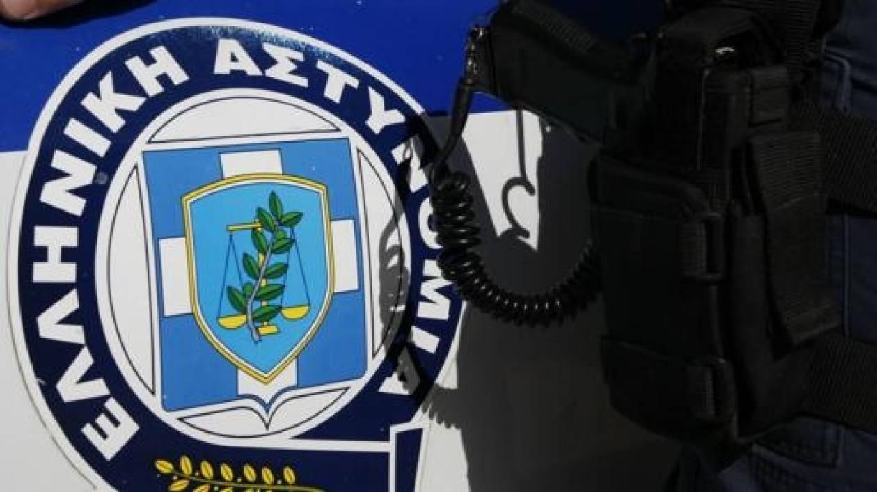 Σύλληψη αστυνομικού για υπόθαλψη εγκληματία